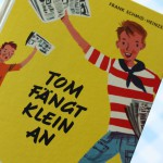Tom fängt klein an